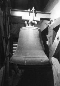 Große Glocke von Girkhausen, gegossen Ende des 13. Jahrhunderts, Photo_ Claus Peter