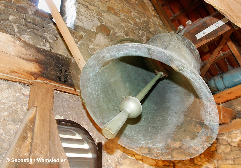 Die 1423 gegossene Glocke von St. Annen zu Wolfsburg im Läutebetrieb